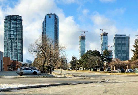 Transit City's first three towers rising into Vaughan skyline, image by Forum contributor DarkSideDenizen